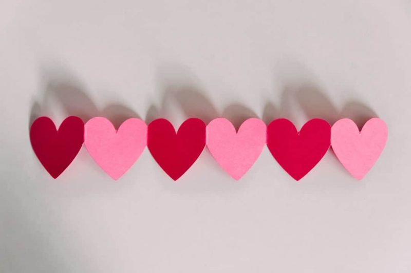 paper heart accordion